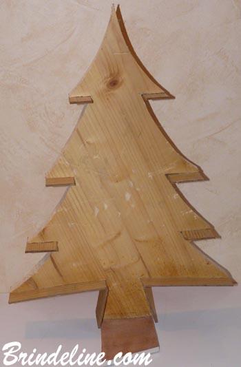 D coration de no l faire soi m me sapin petits bois - Decoration en bois pour sapin de noel ...